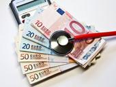 FB Gesundheit informiert: Landesregierung legt Gesetzentwurf zum 2. Gesetz zur Änderung des Krankenhausgestaltungsgesetzes NRW (KHGG NRW) vor (Bild: © Thorben Wengert / pixelio.de)